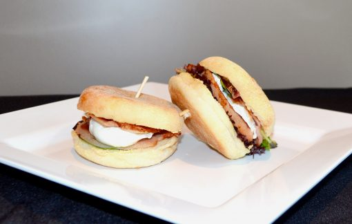 Bacon & egg roll