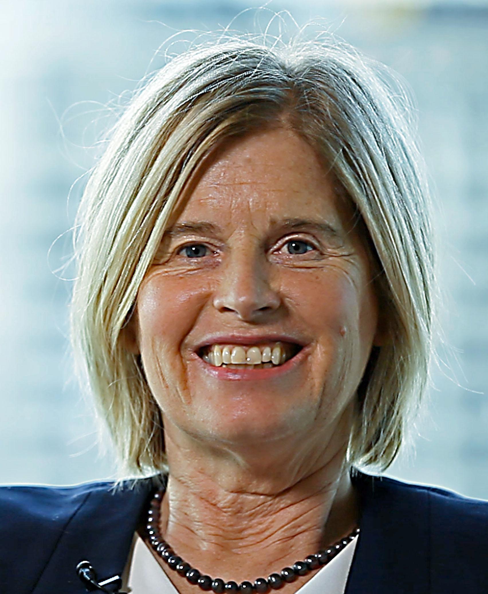 Cr Natalie Gray